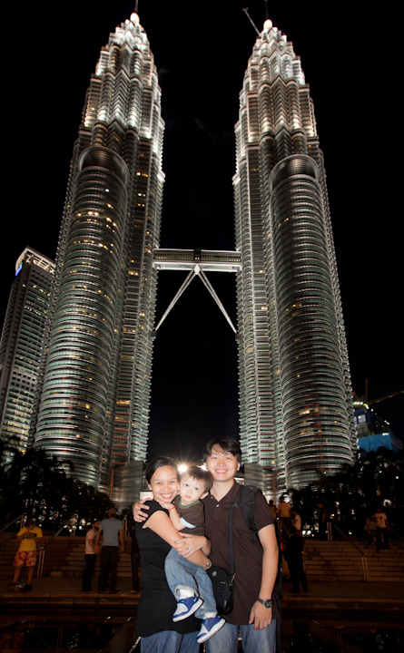 Family picture petronas towers, Malaysia